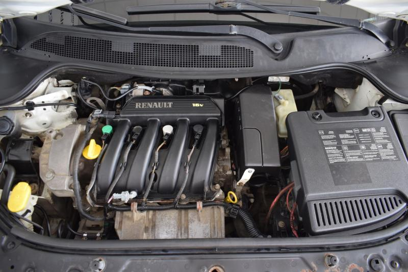 Renault Megane 1.4 MT (98 л. с.)