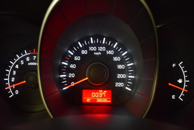 Kia Rio 1.6 MT (123 л. с.) Comfort Кондиционер