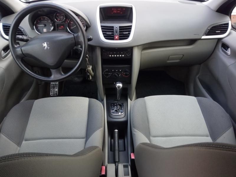 Peugeot 207 1.6 VTi AT (120 л. с.)