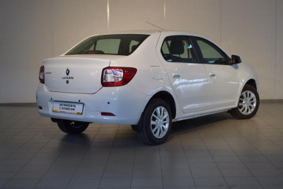 Renault Logan 1.6 MT (82 л. с.)